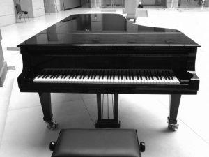 پیانو چیست و انواع آن