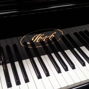 تاریخچه پیانو ایباخ